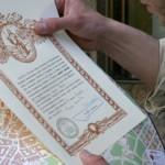 El arzobispo de Santiago cree que «no tiene sentido» ampliar los kilómetros para lograr la compostela