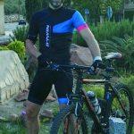 El jiennense Sergio Garrido pedalea en el Camino contra el cáncer