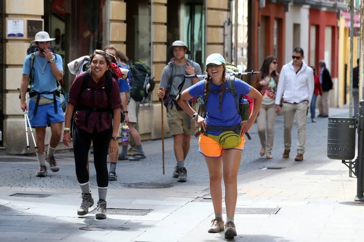 Los peregrinos que hagan el Camino de Santiago ya tienen un ángel de la guarda: la app 'Guardián Benemérito