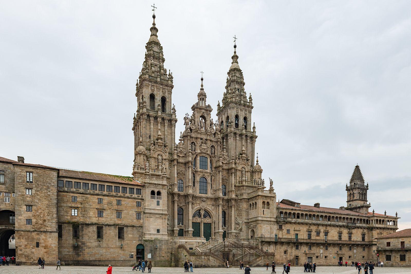 Información sobre horarios de visita y misas en la Catedral de Santiago, a partir del 1 de julio